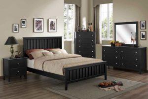 Tempat Tidur Minimalis Pagar Hitam