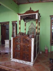 Mimbar Khutbah Masjid
